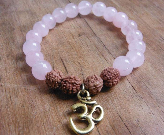 pink-quartz-bracelet